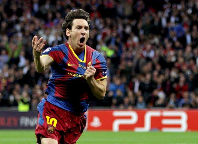 David Villa Goal Vs Manchester United